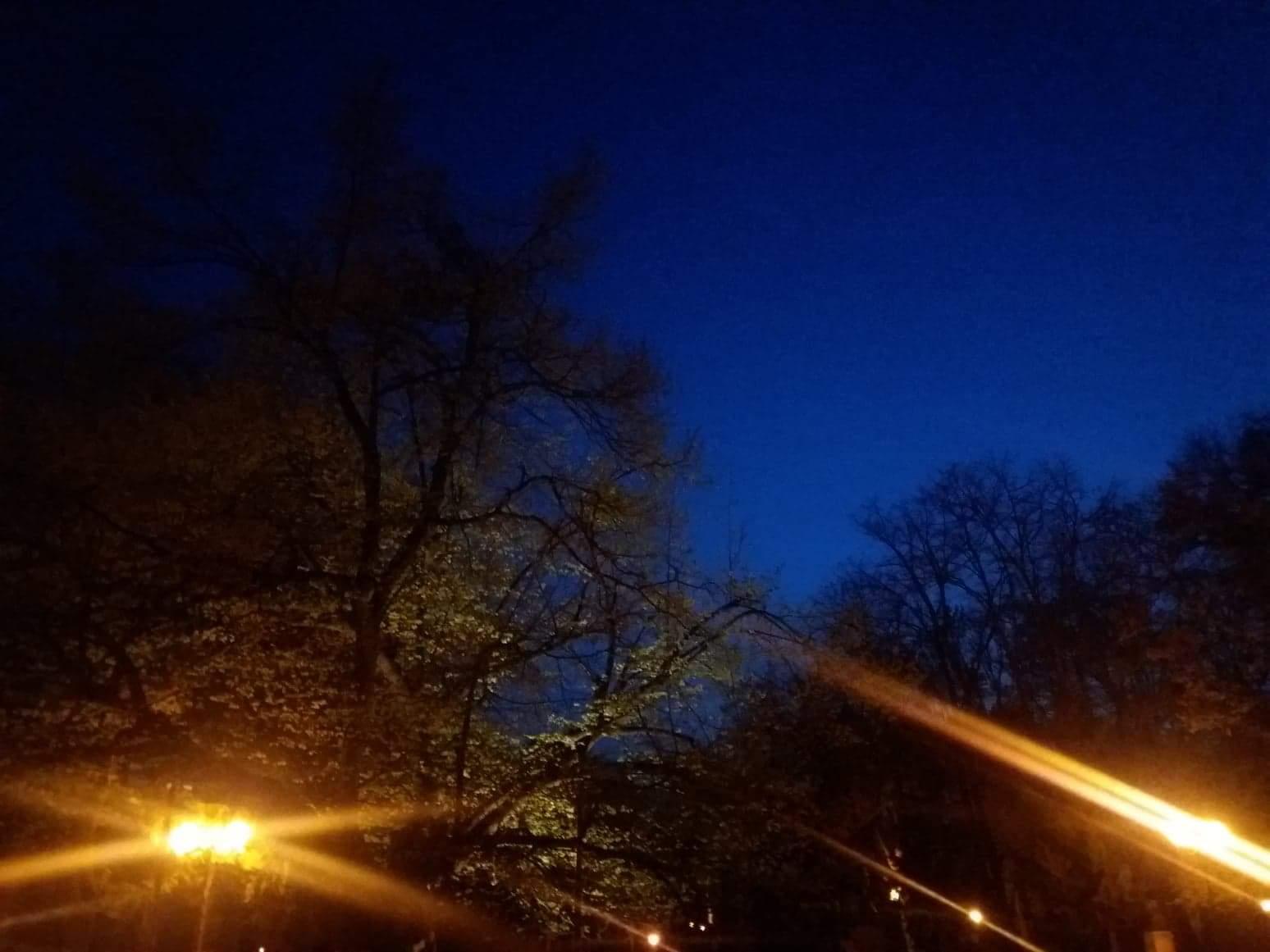 Prefer noaptea să mă plimb