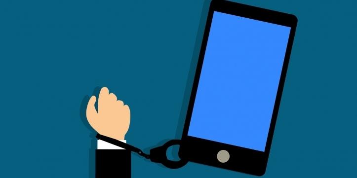 dependența de telefon