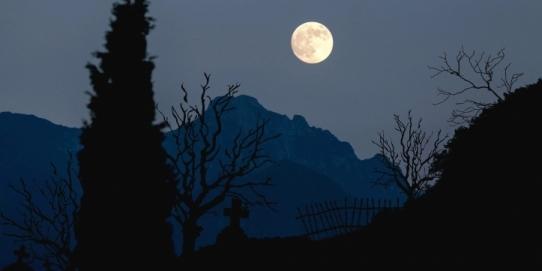 Plimbare veșnică la ceas de seară