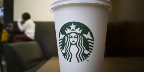 Starbucks interzice