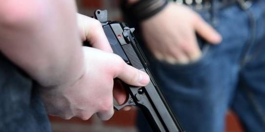 a împușcat un protestatar
