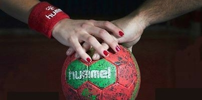 apariția handbalului în România